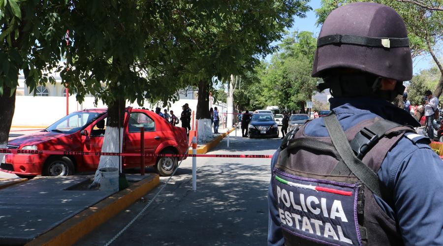 Sujetos asaltan a la altura de Plaza del Valle y huyen con botín de 139 mil pesos