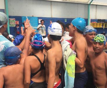 Alistan Torneo de natación Benemérito