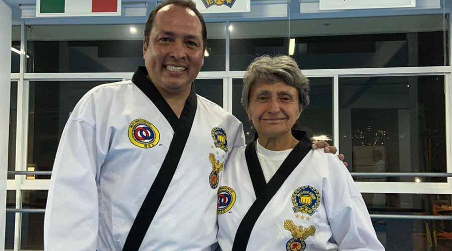 Maestros oaxaqueños de Taekwondo aprueban examen de Kodanya