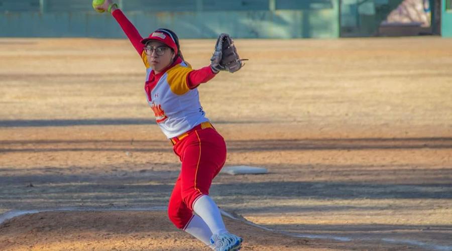 Equipos se enfrentan en la Liga de Softbol Oaxaca