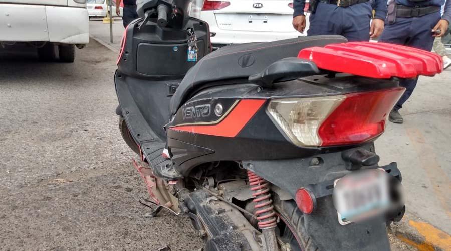Urbano embiste a motociclista por exceso de velocidad en la avenida Símbolos Patrios