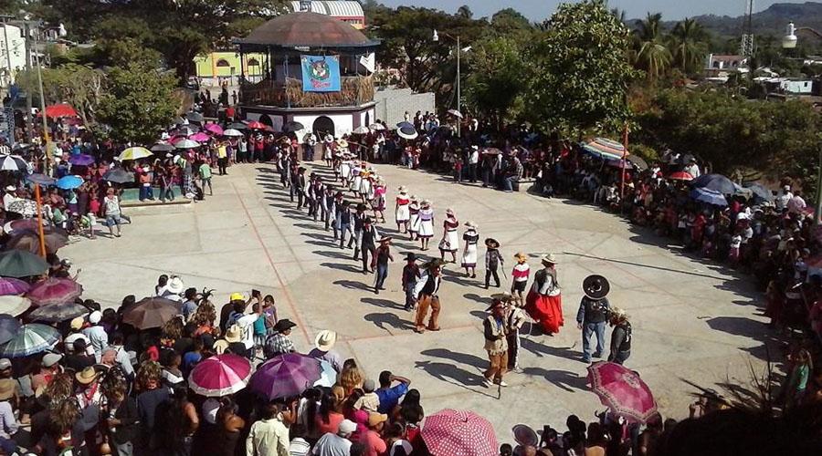 Preparan danzas para el festival costeño | El Imparcial de Oaxaca