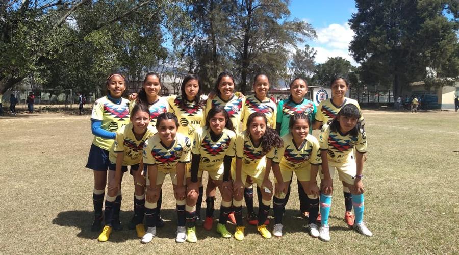 Equipos femeniles del Nido Águila dominan en la Liga de Futbol San José de Calasanz