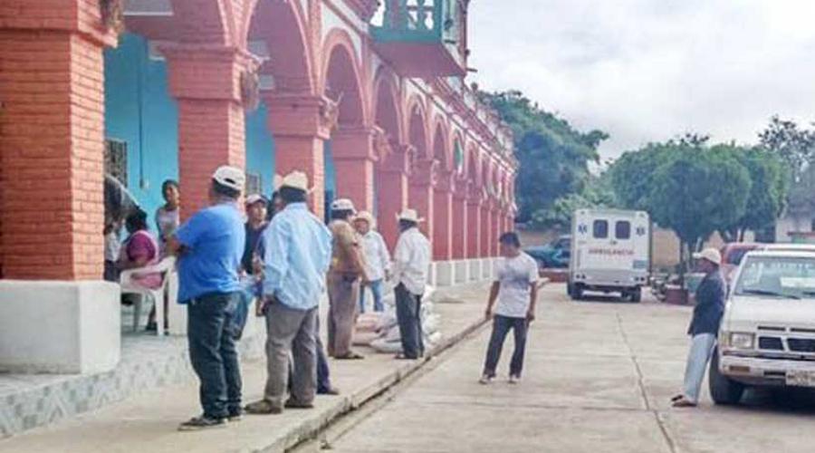 Habitantes de Nuchita cierran carretera Huajuapan-Tamazola   El Imparcial de Oaxaca