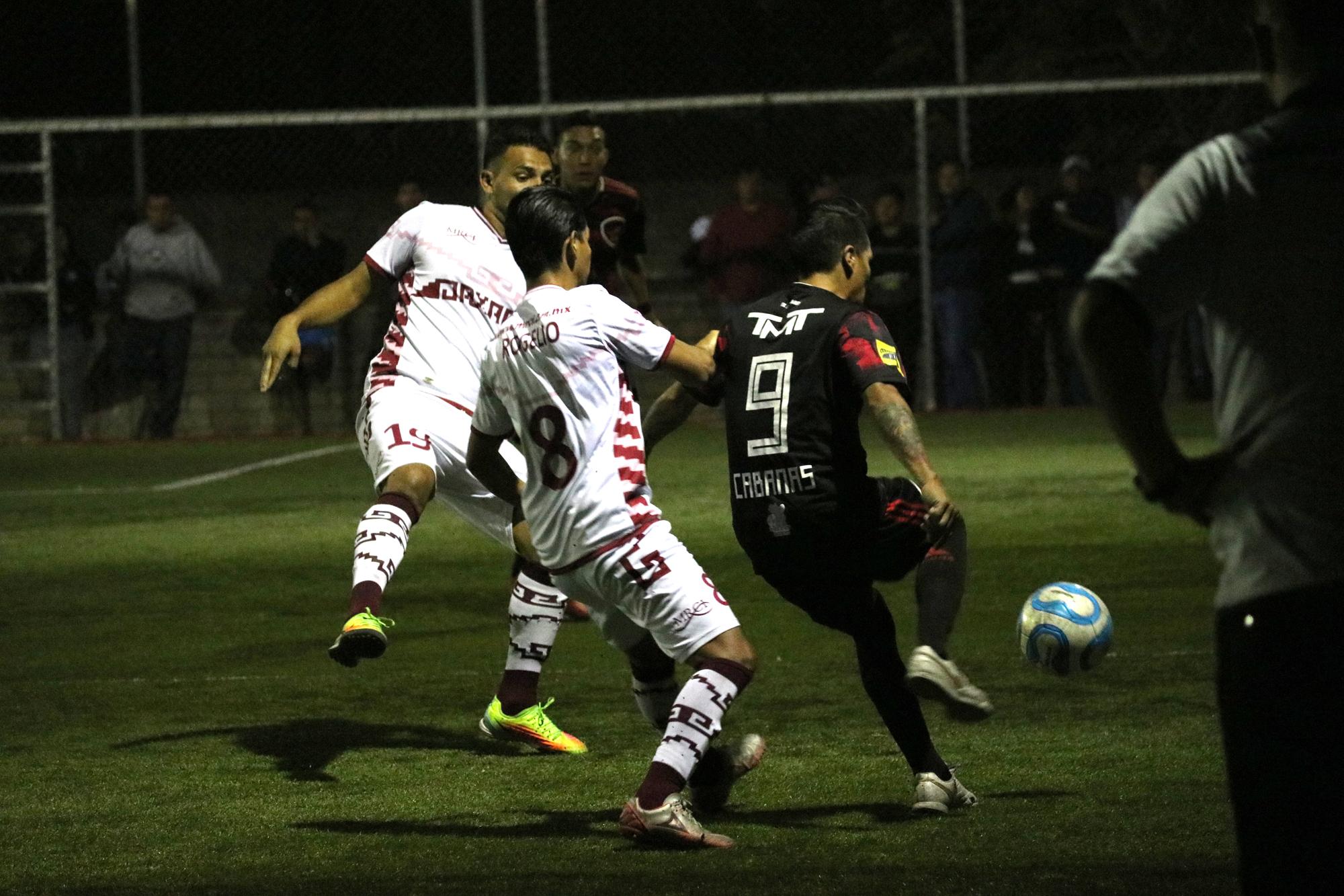 Chapulineros siguen invictos en Futbol 7