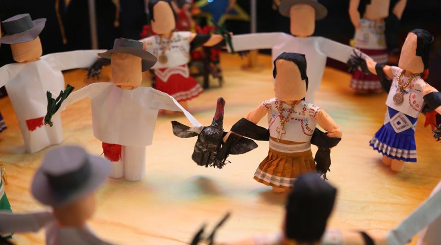 Presentan exposición Guelaguetza en miniatura en Salina Cruz | El Imparcial de Oaxaca