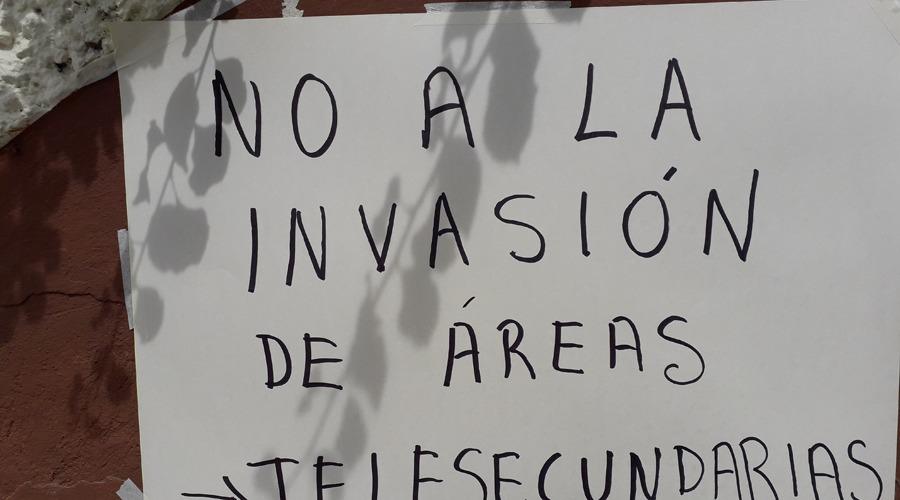 Se manifiestan docentes en IEEPO de Huajuapan   El Imparcial de Oaxaca