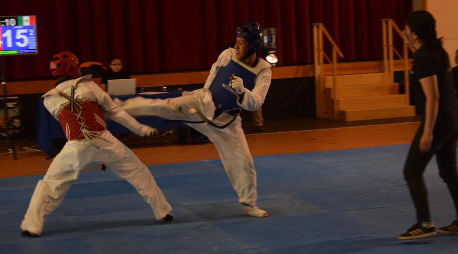 Taekwondoínes lanzaron sus mejores patadas en la Universiada estatal