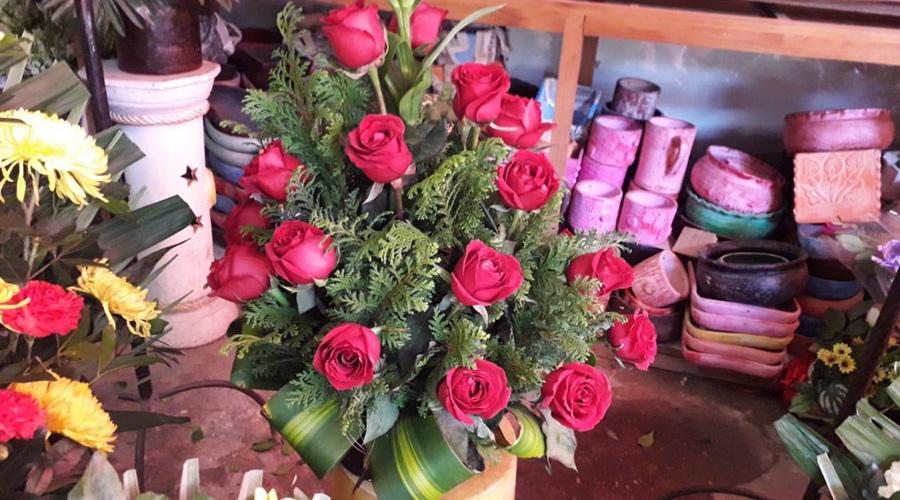 Baja 30% la venta de ramos florales en Huajuapan de León | El Imparcial de Oaxaca