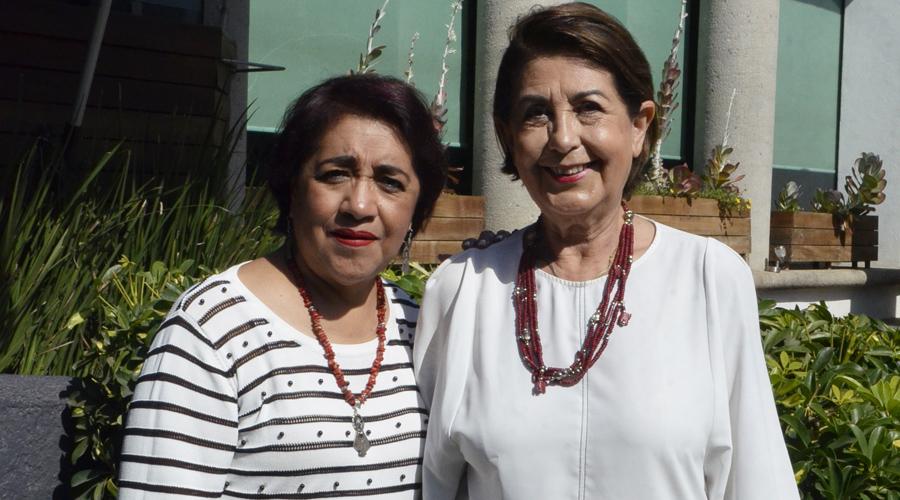 Teté Trujillo y Silvia Santibáñez festejaron en compañía de sus mejores amigas | El Imparcial de Oaxaca