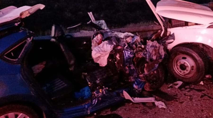 Choque frontal de dos vehículos sobre la carretera Huitzo-Nochixtlán   El Imparcial de Oaxaca