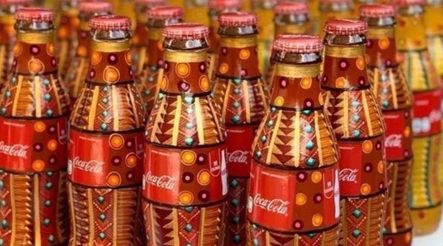 Pintan alebrijes en botellas de Coca Cola | El Imparcial de Oaxaca