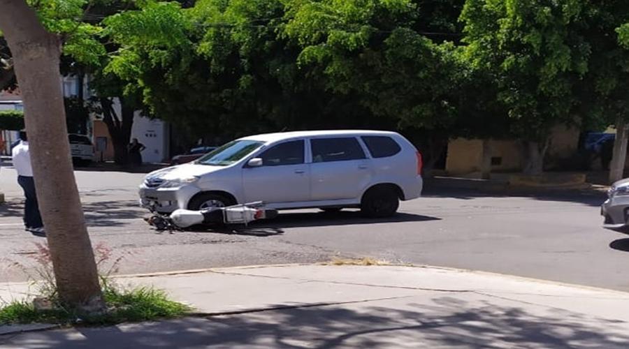 Automovilista y motociclista provocan percance   El Imparcial de Oaxaca