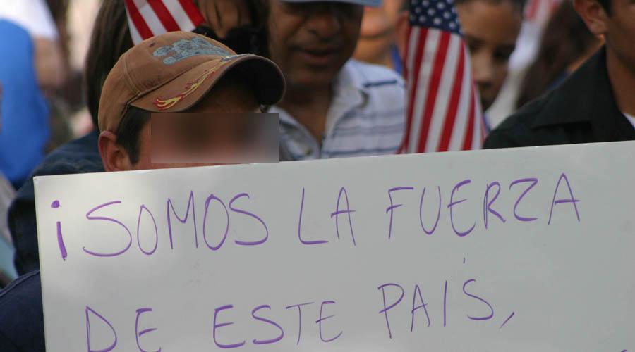 Discriminan a migrantes indígenas en Consulado con malos tratos