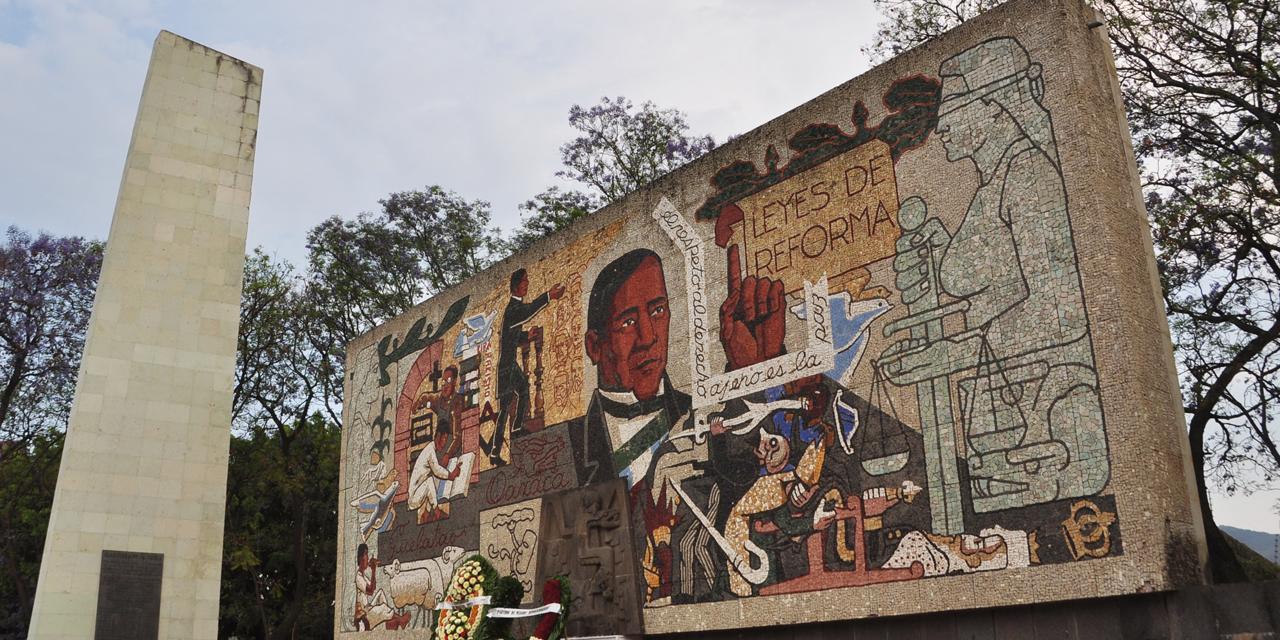 Pensamiento de Juárez sigue vigente a 214 años de su natalicio