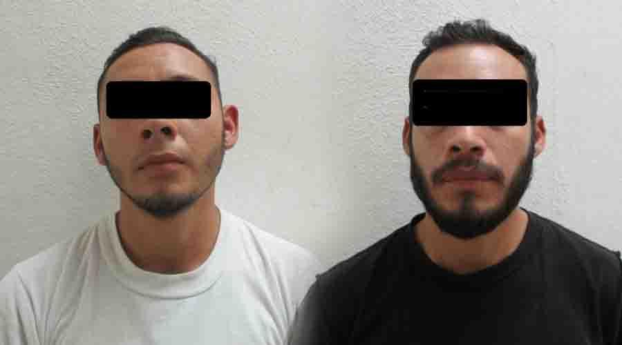 Detienen a rateros cuando intentaban robarse una llanta | El Imparcial de Oaxaca