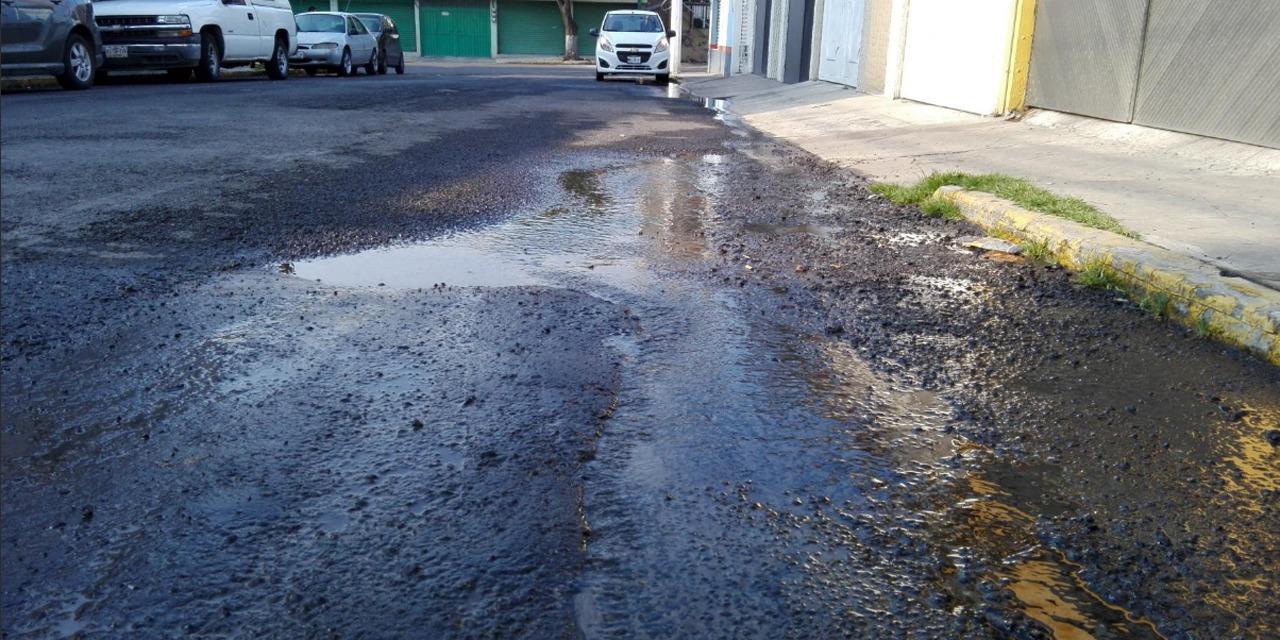 Denuncian fugas de agua en Tehuantepec