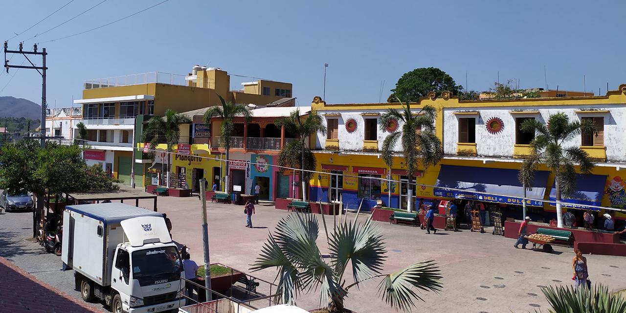 Suspenden tianguis de Pochutla por coronavirus | El Imparcial de Oaxaca