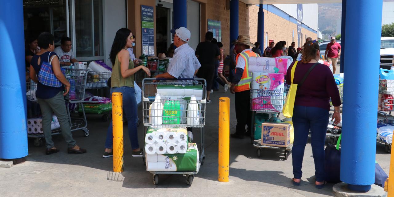 Contagian a oaxaqueños; hacen compras de pánico | El Imparcial de Oaxaca