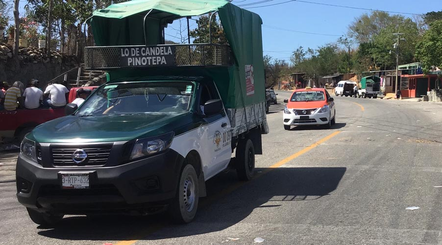 Culmina bloqueo carretero en Pinotepa Nacional, Oaxaca
