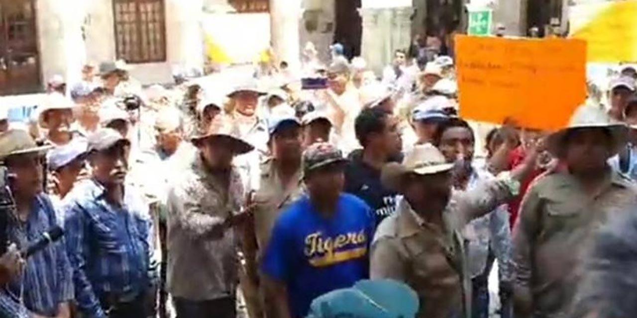 Habitantes de Guelache toman palacio municipal | El Imparcial de Oaxaca