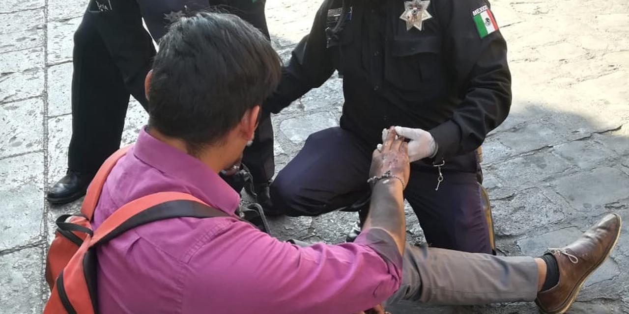 Motociclista imprudente derrapa en el centro de Oaxaca | El Imparcial de Oaxaca