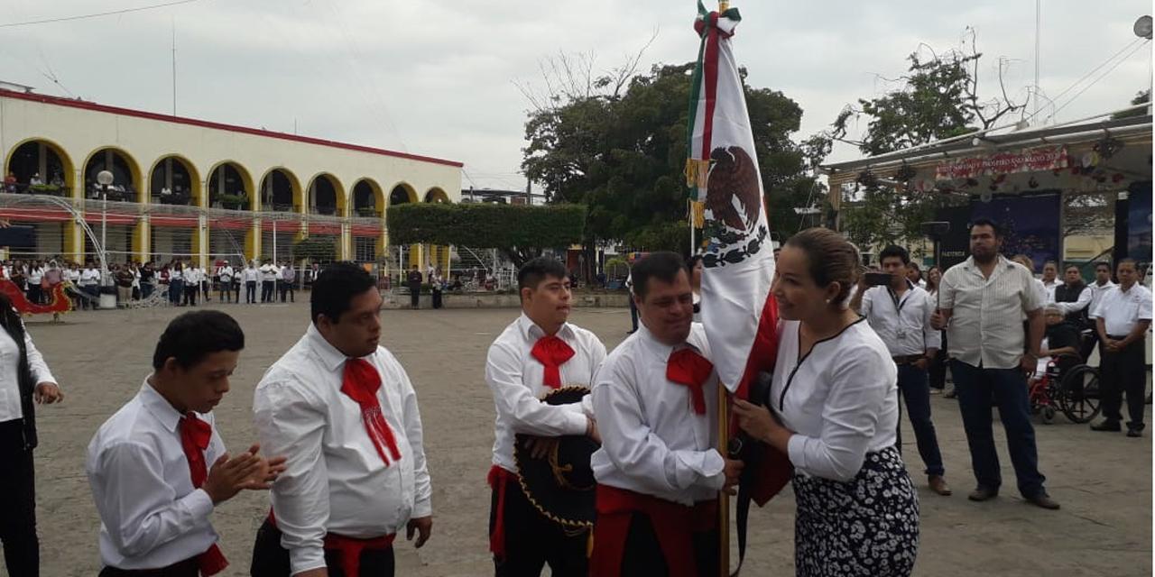 Suspenden homenajes de bandera en Tuxtepec por Covid-19 | El Imparcial de Oaxaca