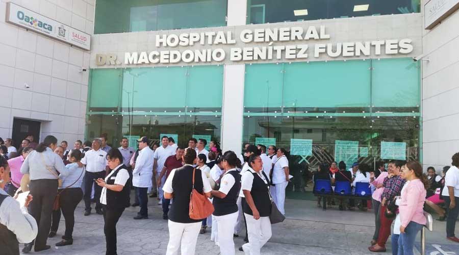En el Istmo, marchan trabajadores del Hospital General