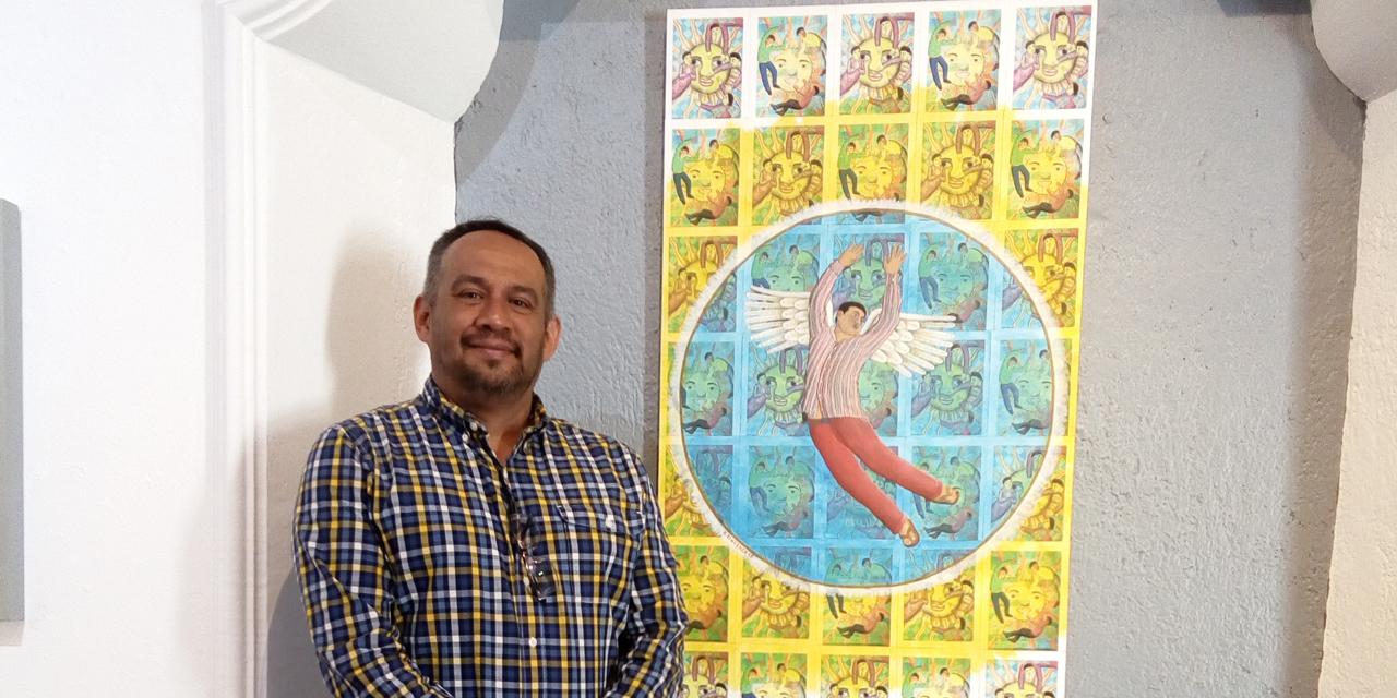 Estar y no con mi familia  era tomar el papel y dibujar: Rolando Sigüenza