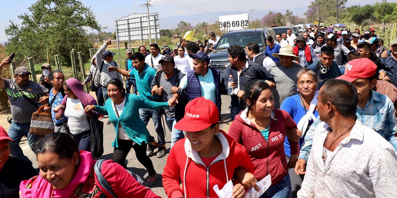 Oaxaca recibe a AMLO con protestas   El Imparcial de Oaxaca