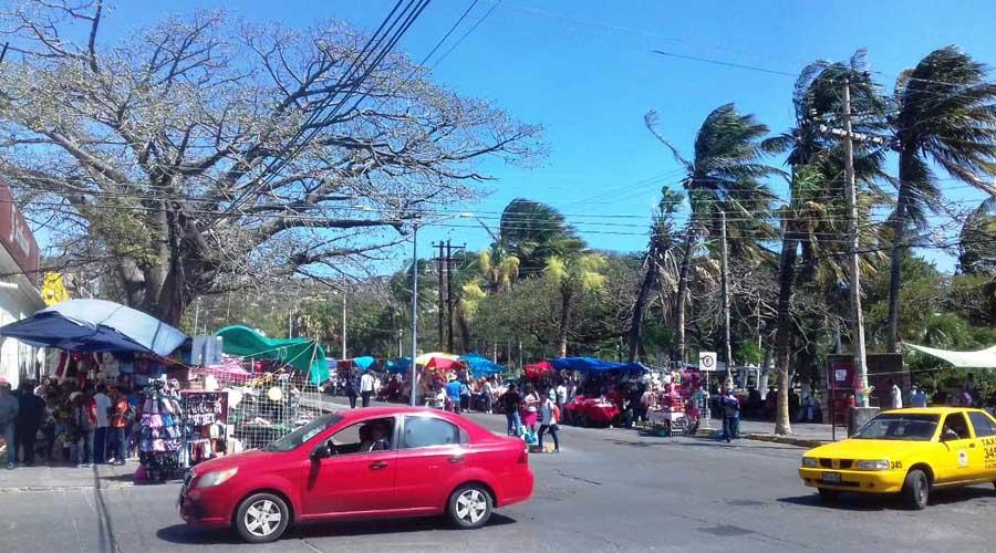 Gana terreno el comercio informal en Salina Cruz, Oaxaca