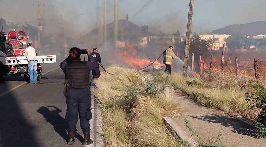 Incendio pone en riesgo las instalaciones del Instituto Tecnológico de Salina Cruz