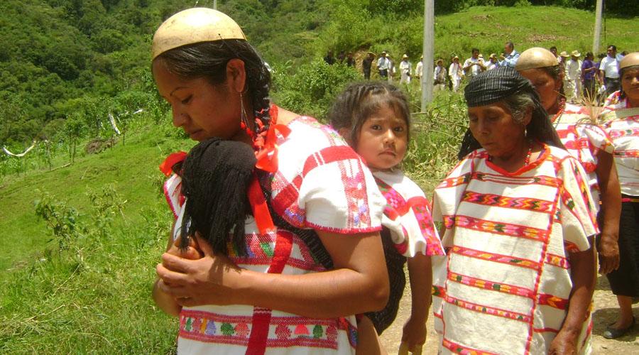 Cada que me golpeaba se hincaba y pedía perdón, violencia en la Mixteca
