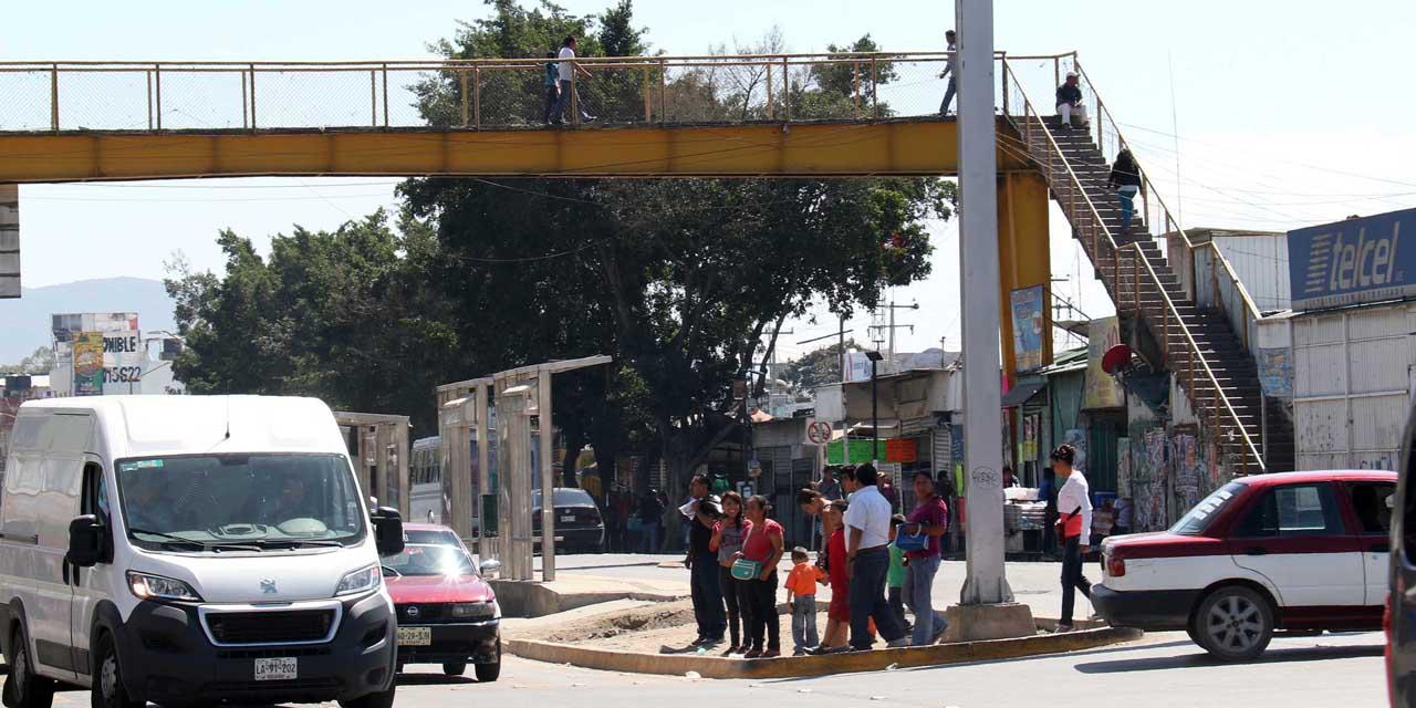 Puentes peatonales están sin uso y en malas condiciones   El Imparcial de Oaxaca