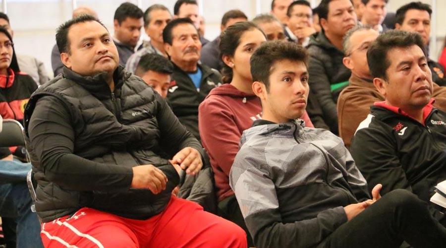Fortalecen su conocimiento, van educadores por mejor desempeño | El Imparcial de Oaxaca