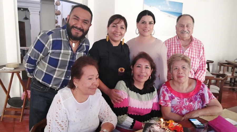 Mañanitas para Laura | El Imparcial de Oaxaca