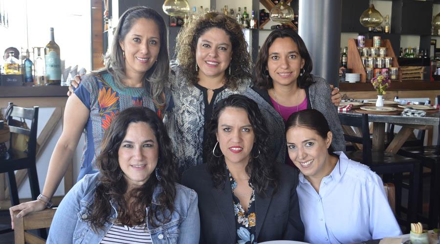 Festeja con amigas | El Imparcial de Oaxaca