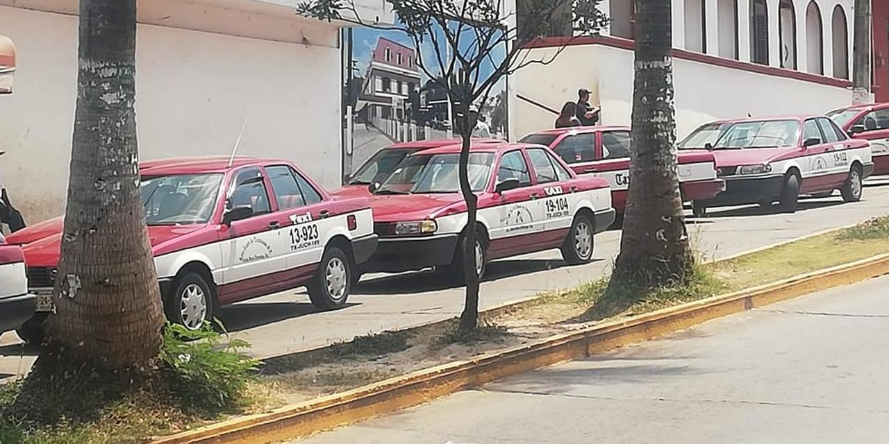 Taxistas exigen la salida del delegado de Transito de Santa María Chilapa   El Imparcial de Oaxaca