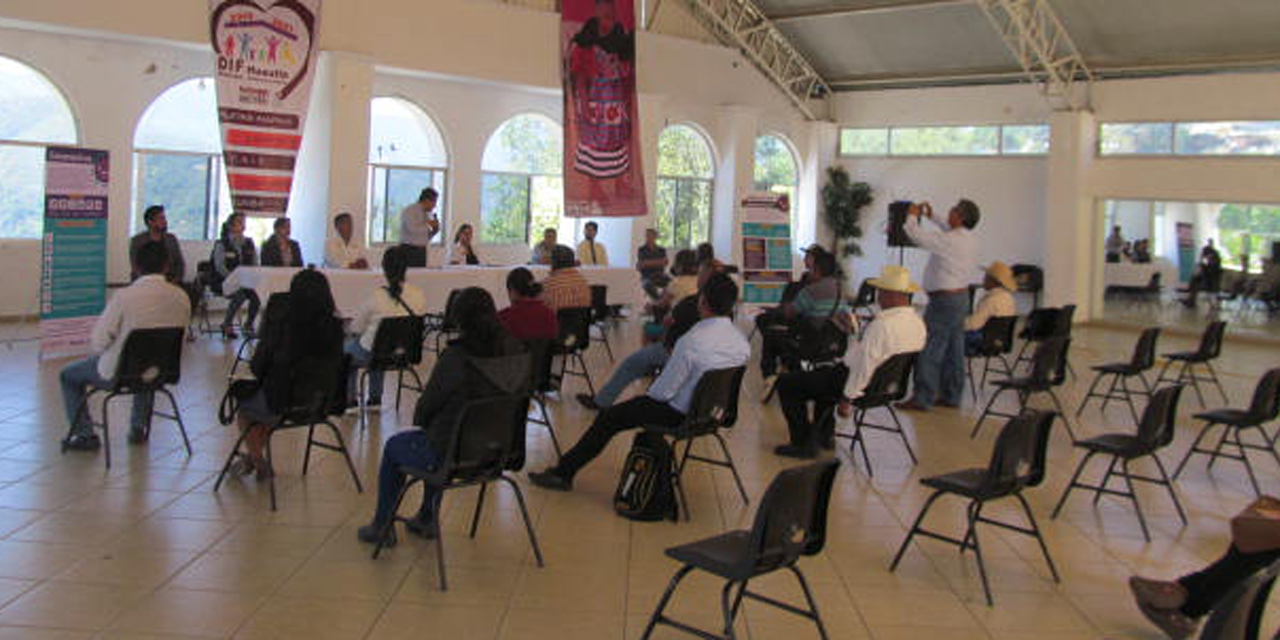 Sólo dos ediles asistieron a reunión sobre el coronavirus en Huautla | El Imparcial de Oaxaca