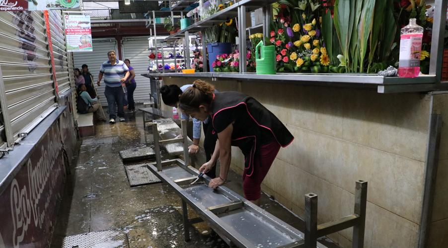 Realizan limpieza en el Mercado Benito Juárez   El Imparcial de Oaxaca