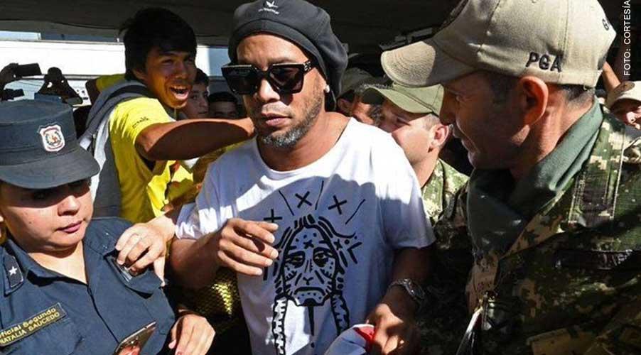 Detienen a Ronaldinho con pasaporte falso | El Imparcial de Oaxaca