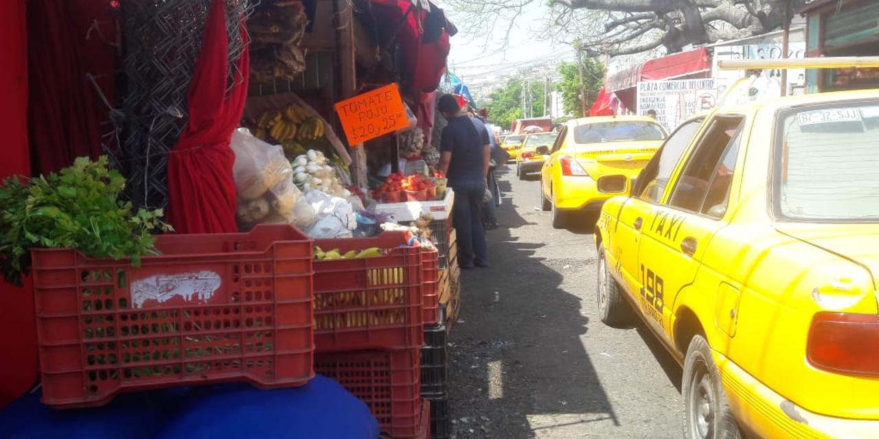 Alineación de comerciantes ocasiona conflicto en calle Guaymas