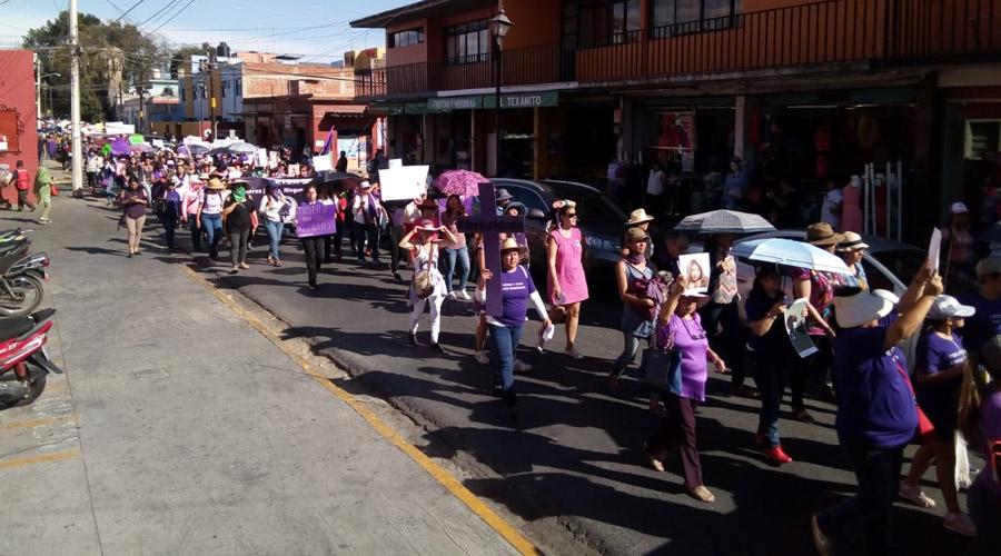 Feministas marchan para exigir justicia en Oaxaca | El Imparcial de Oaxaca