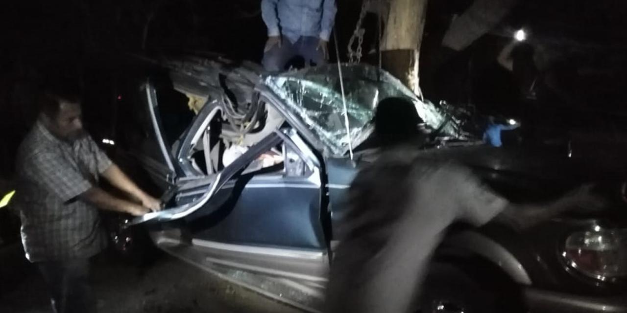 Accidente deja al menos 2 muertos en San Pablo Huixtepec
