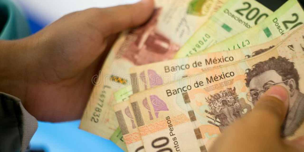 El peso cierra su peor trimestre en 25 años | El Imparcial de Oaxaca