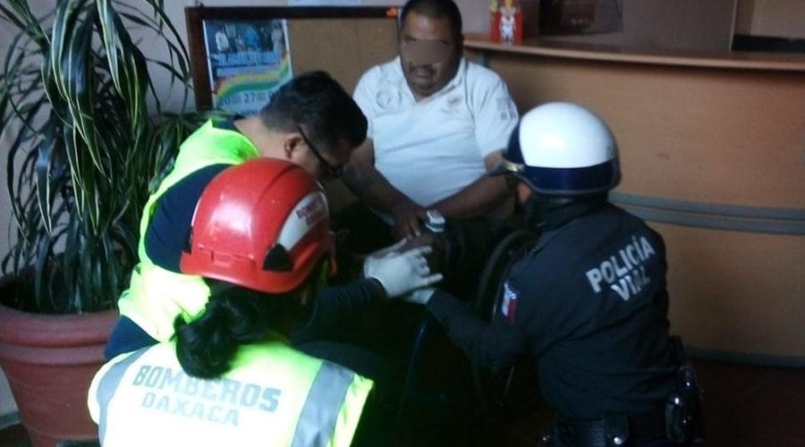 Chofer del Sur tira a hombre en silla de ruedas en el centro de la capital | El Imparcial de Oaxaca
