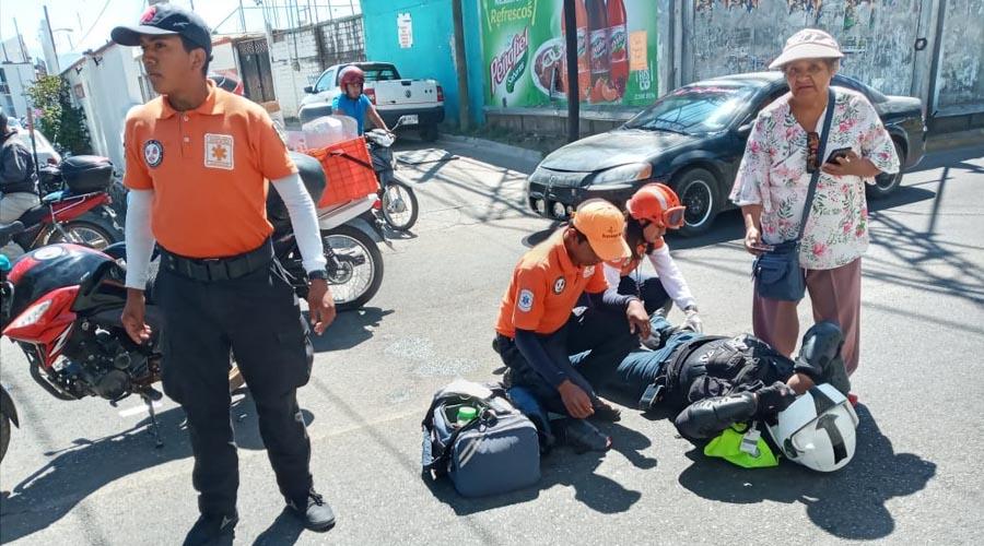 Chocan motociclistas, uno se da la fuga | El Imparcial de Oaxaca
