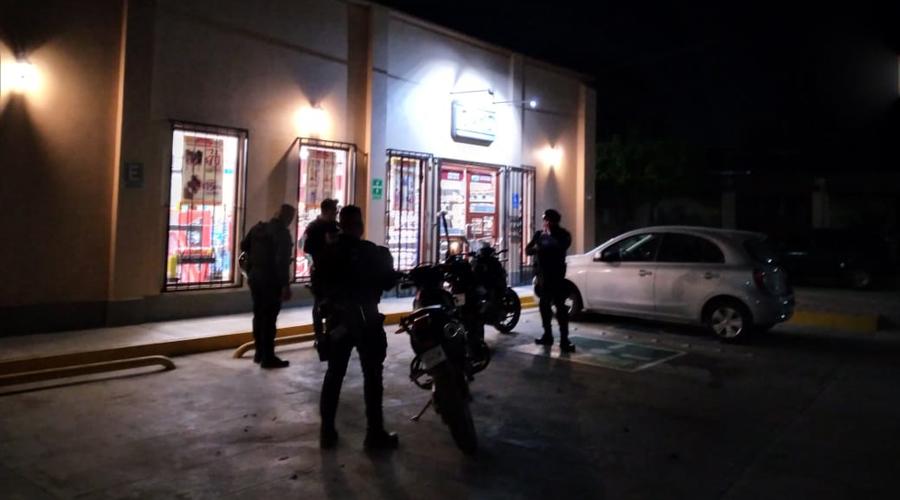 Asaltan tienda de autoservicio frente al Jardín Madero | El Imparcial de Oaxaca