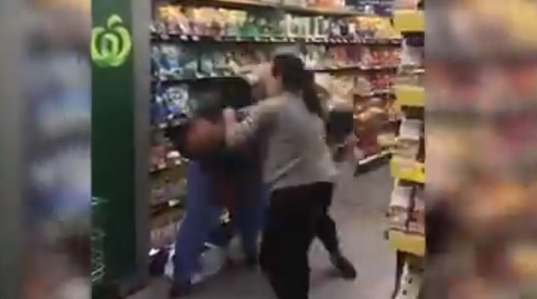 Video: Pánico en Australia por Coronavirus; tres mujeres pelean por papel higiénico en supermercado | El Imparcial de Oaxaca
