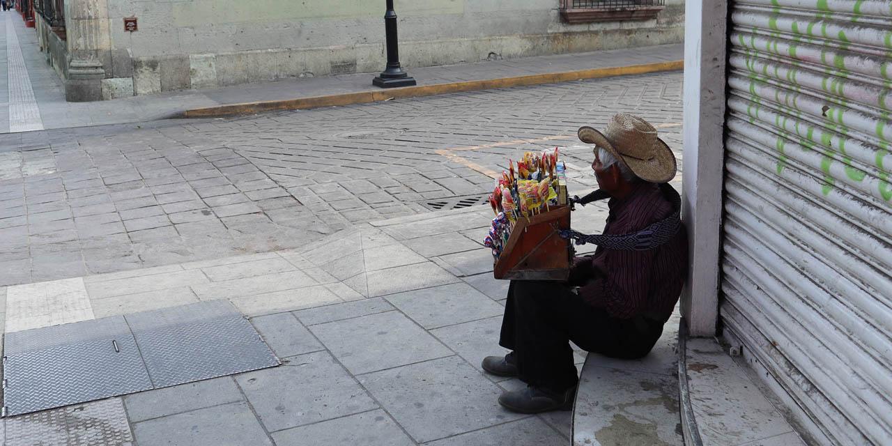 Fotoreportaje: Los pies cansados de Don Marcelino en la ciudad fantasma   El Imparcial de Oaxaca